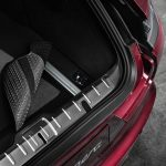 Reversible luggage compartment mat with nubuck edging