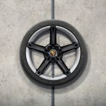 21-inch Mission E design summer wheel-and-tyre set
