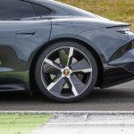 21-Inch Taycan Exclusive Design wheel with Aeroblades Carbon